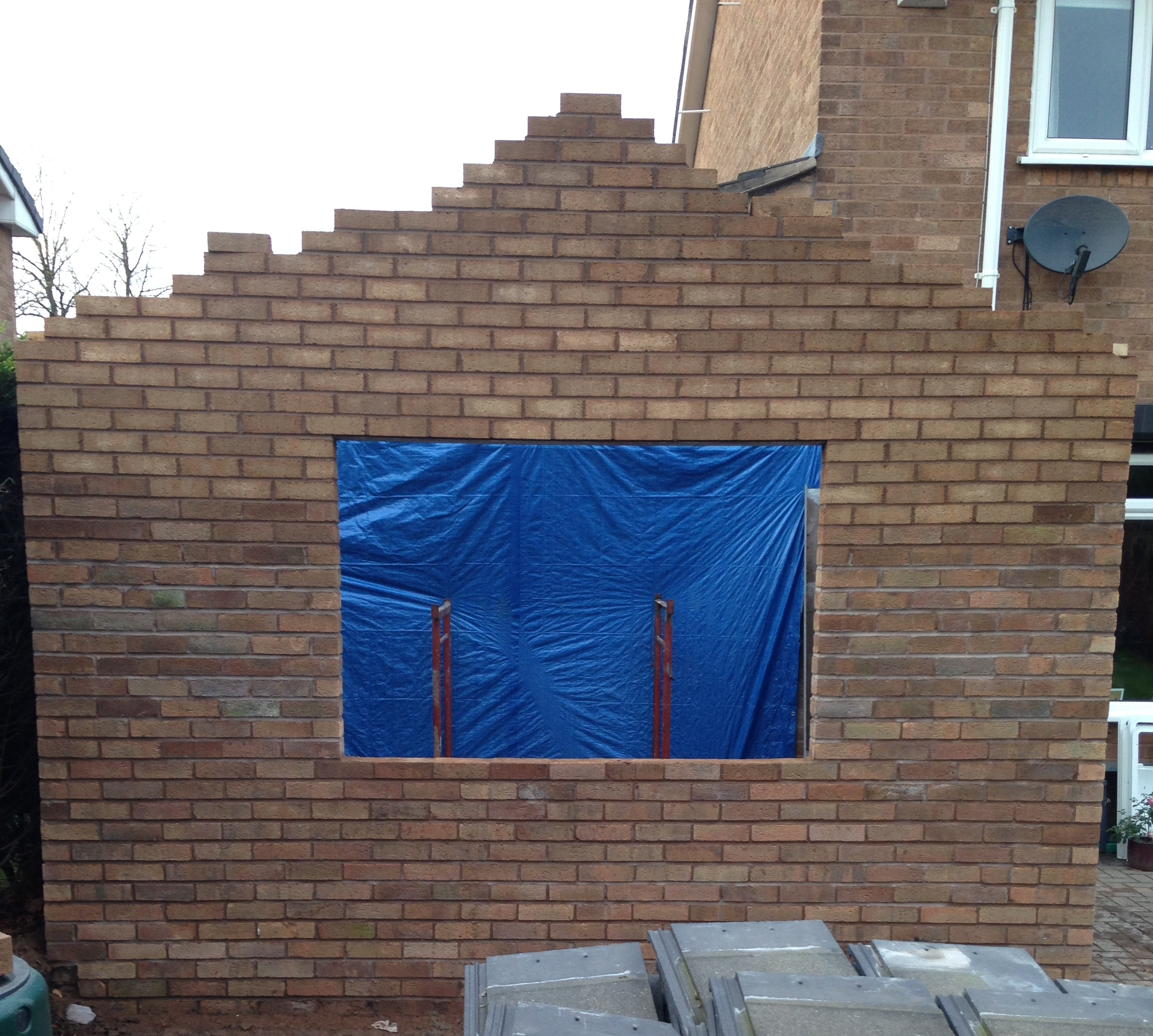Single storey extension - brickwork.
