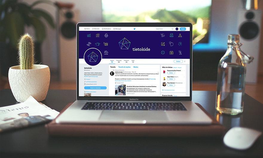 Tirtokide-Mockup-laptop.jpg