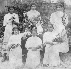Delphia Jacobs' daughters