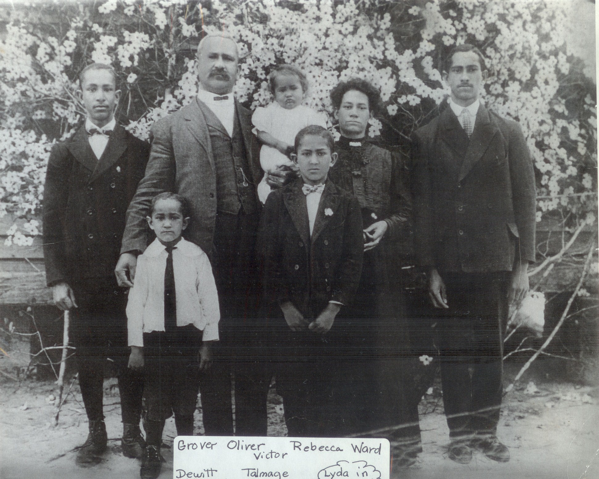 Oliver H. & Rebecca Moore Lennon and family (1st wife)
