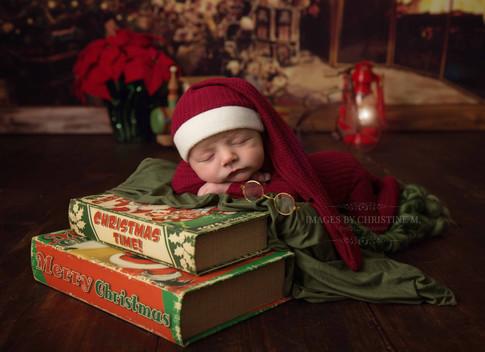 Santa newborn