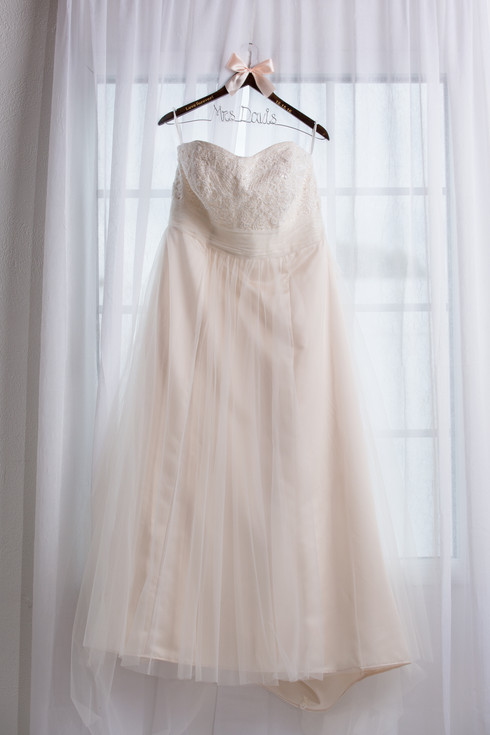 Wedding dress details omaha photographer