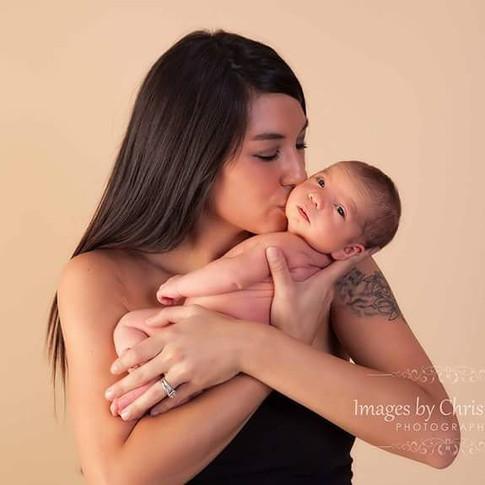 Omaha family newborn photographer