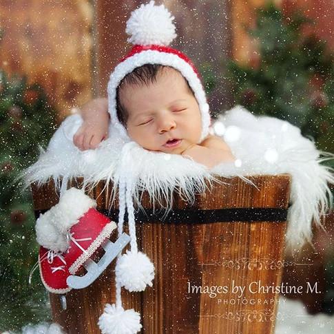 custom newborn pictures Omaha