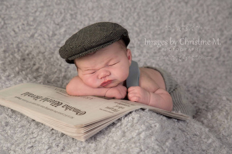 Omaha newsboy newborn pictures