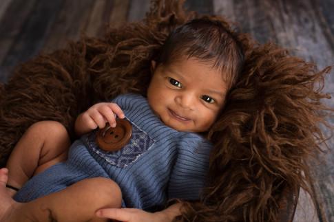 newborn eyes open
