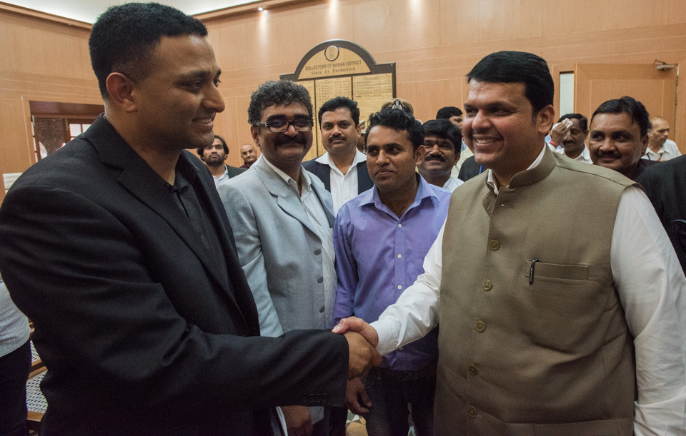 Dr. Ramesh Raskar and Chief Minister Devendra Fadnavis of Maharashtra