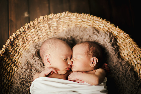 Twins9.jpg