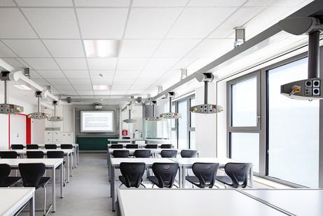 Schule   Fachräume