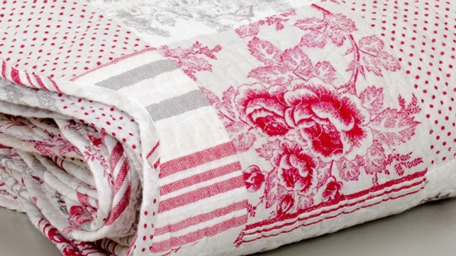 Pink & Red Patchwork Cotton Bed Cover