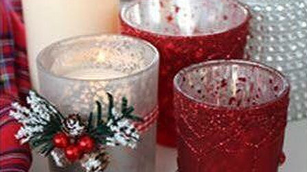Red Christmas T-Light Candle Holders