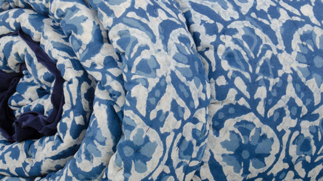 Dark Blue & White Floral King Bed Quilt