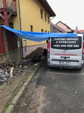 Výkopová oprava kanalizace