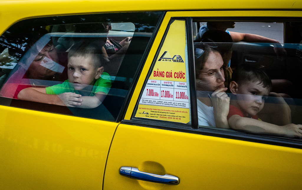 ERPHENE Nikita - Taxi Jaune