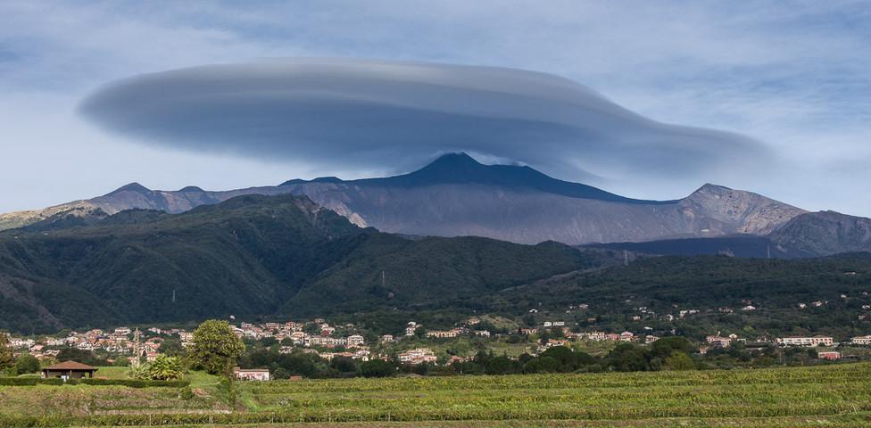 GESSAT Gérard - Chapeau sur l'Etna