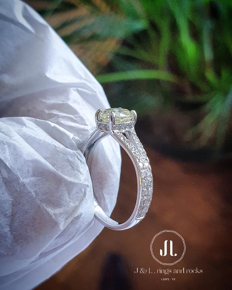 $89,980 - Diamante Amarillo
