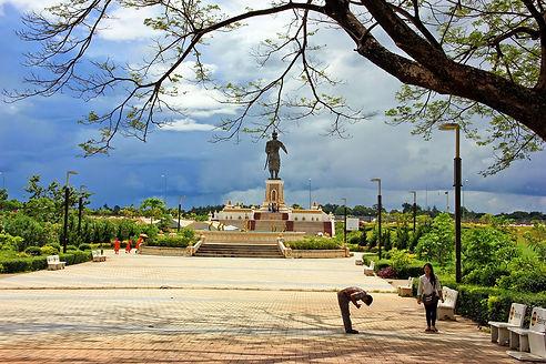 Parque-Chao-Anouvong-Vientiane.JPG