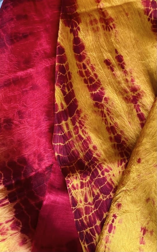 How can you ensure you use sustainable clothing manufacturers for tie dyed clothes?