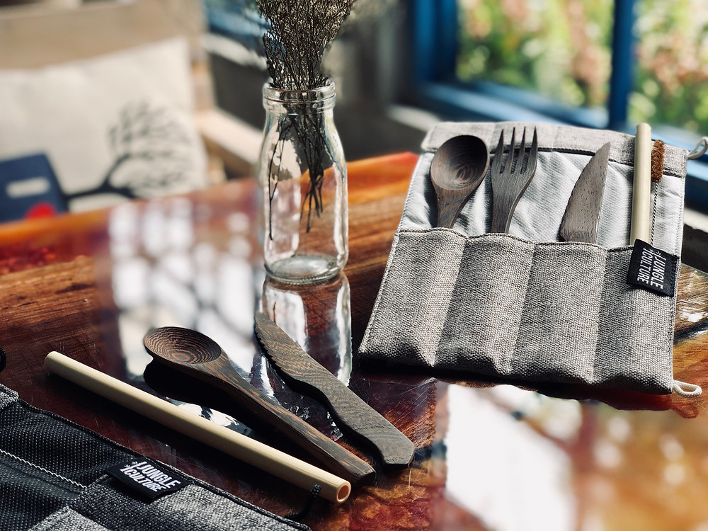 Ethical organic biodegradable picnic travel wooden cutlery set