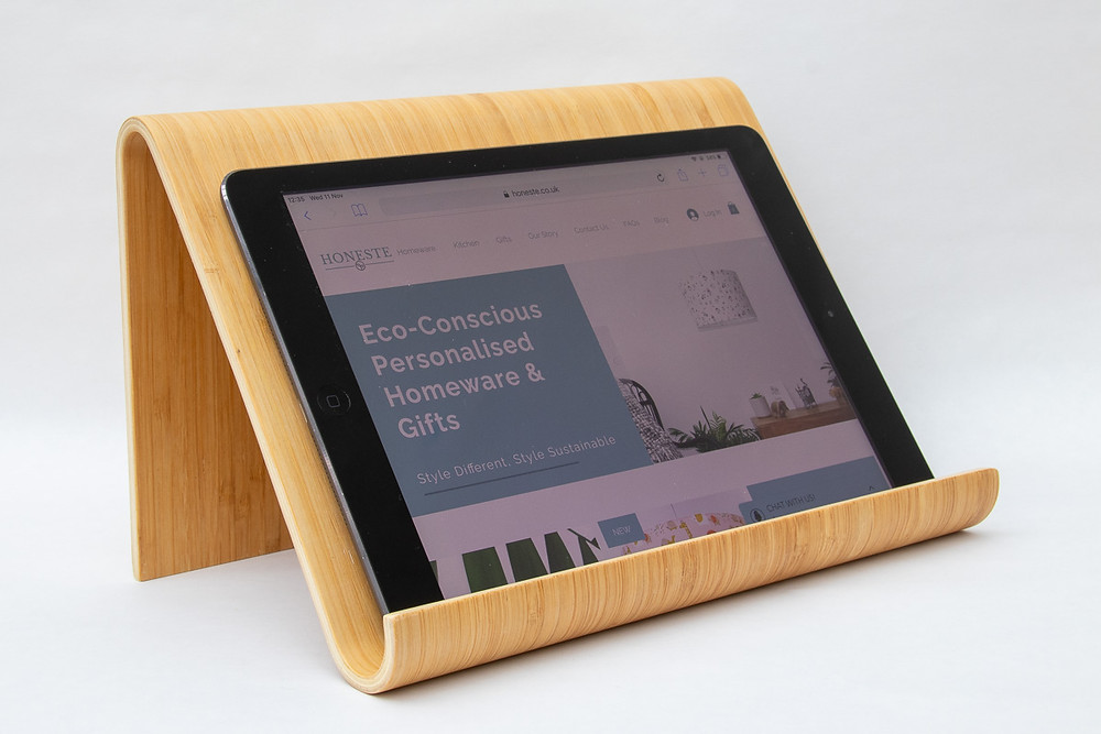 Eco-friendly cookery book ipad bamboo cool natural wooden holder