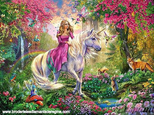 Lola et sa licorne dans la forêt enchantée