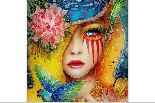 femme forêt avec les yeux bleus