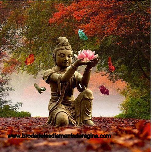 Bouddha avec fleur de lotus(rupture de stock précommande possible)