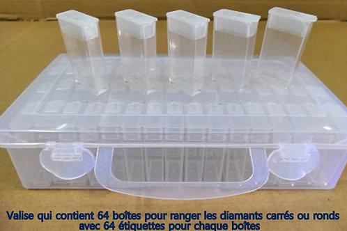 Valise avec 64 boîtes pour ranger les diamants