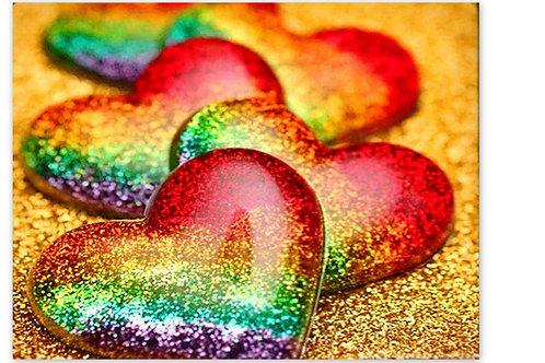 Les galets cœurs sur le sable fin