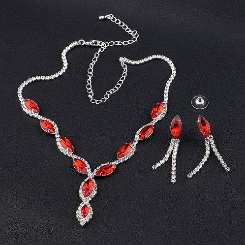 parure bijoux fantaisies strass et rouge