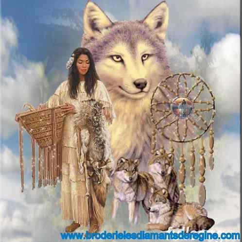 l'indienne avec ses loups et l'attrape rêves