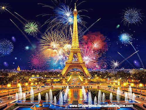 Le 14 juillet le feu d'artifice à la tour Eiffel