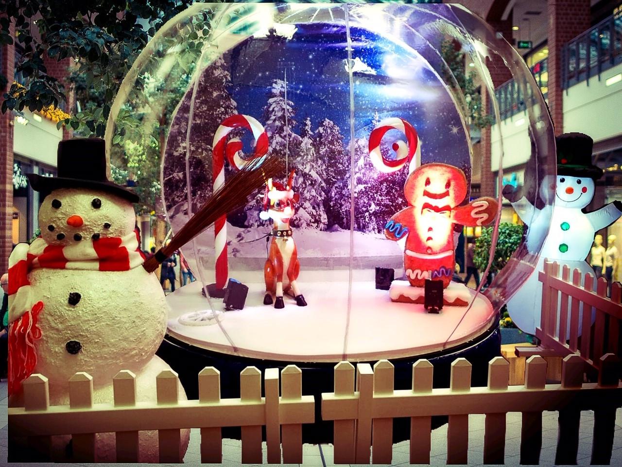 Hire Inflatable Snow Globe