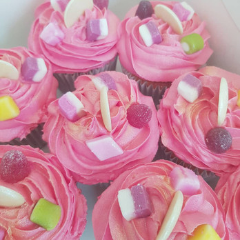 Strawberry and White Chocolate Cupcakes