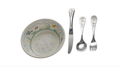 FISKELYKKE Barneskje, kniv og gaffel m/ porselenskål