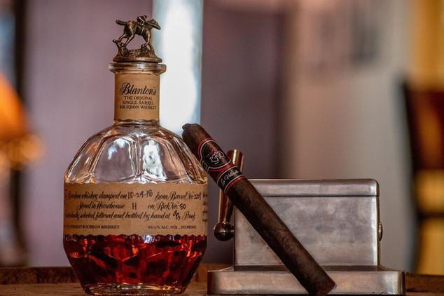 bourbon-4322459_1920.jpg