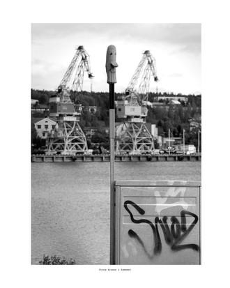 Stora kranar i hamnen 40x50
