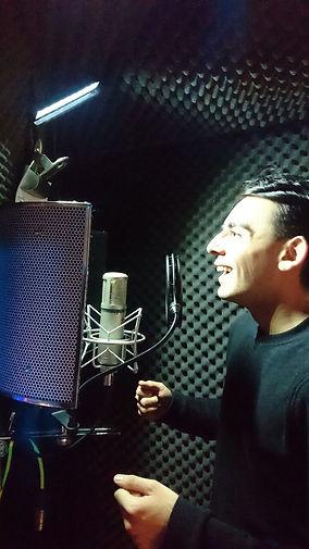 Mitch Howell Voiceover artist