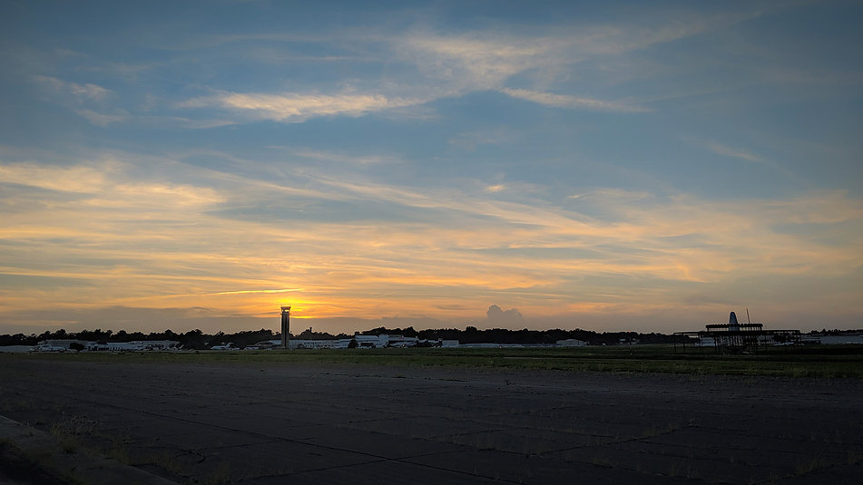 airport sunset.jpg