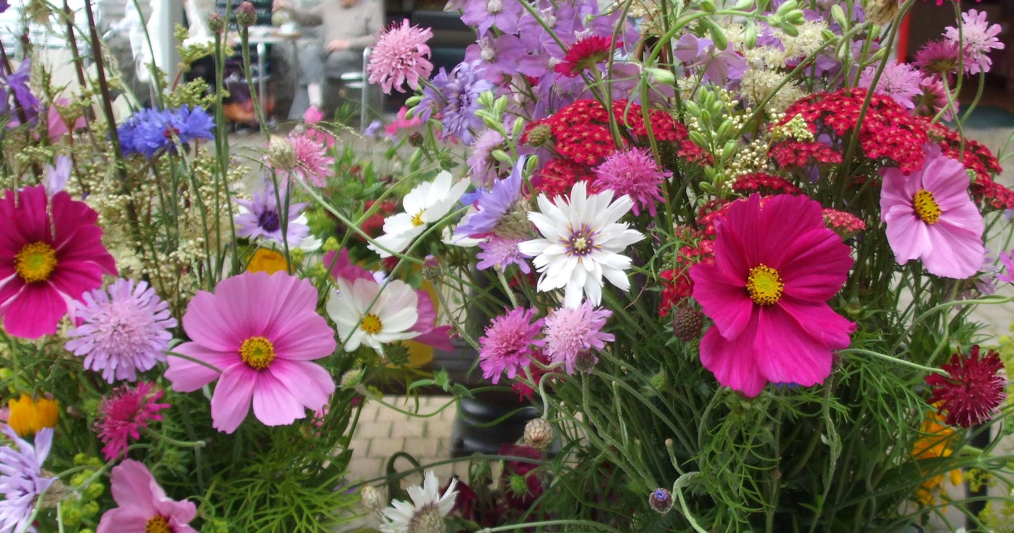 Floral Display 12 (2).jpg