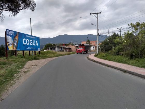 valla publicitaria en Cogua.jpg