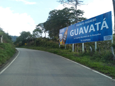 valla publicitaria en Guavata.jpg