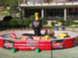 cars-pista-inflable.jpg