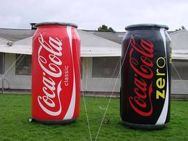 Latas Inflables Coca Cola.jpg