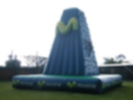 montana-Inflable-escalar-movistar.jpg