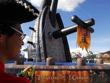 barca-piratas-del-caribe-escalador.jpg