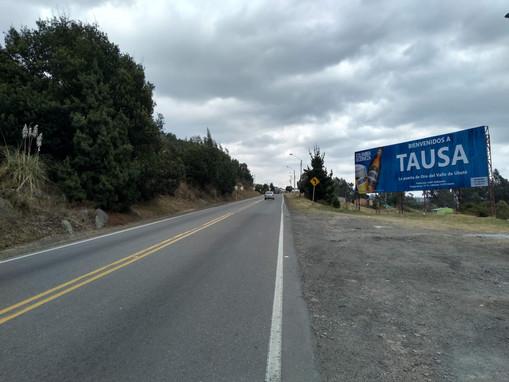 valla publicitaria en Tausa.jpg