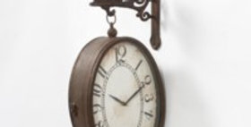 Hanging Oval Clock w/ Flying Piggy Bracket