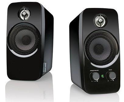 Altavoces para PC marca Creative, modelo Inspire T10, potencia 10 vatios