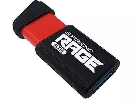 Memoria USB Patriot Supersonic Rage Elite, de color rojo y negro retráctil con protector de goma.